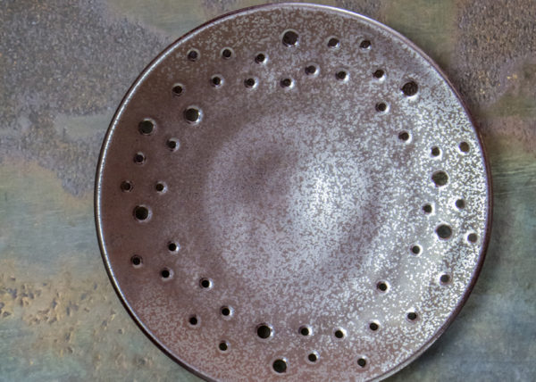 Metallic luster glaze with holes - By Studio RAW