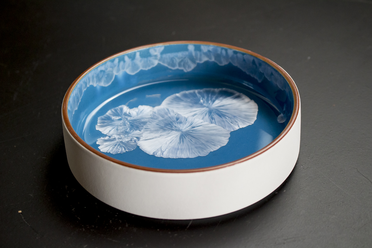 Blue plate by Studio RAW