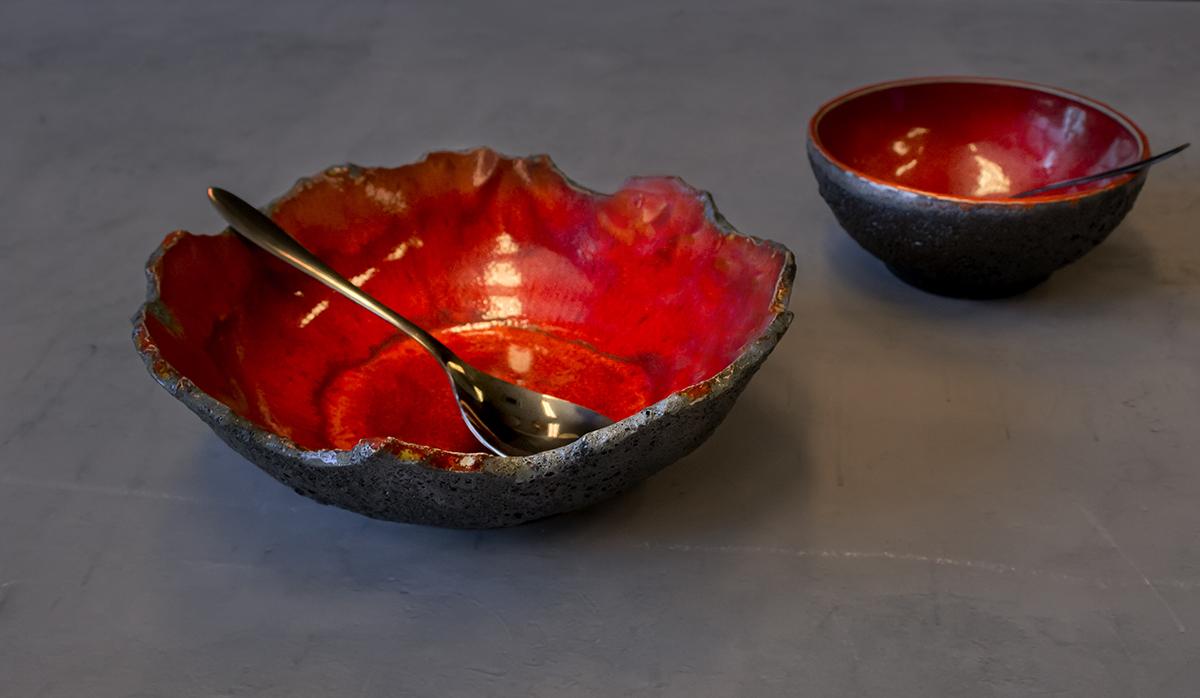 Vulcanic Lava cracked bowl - by Studio RAW